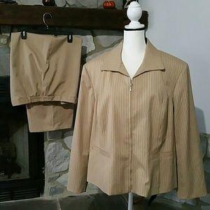 Evan-Picone stretch pantsuit 20/22W